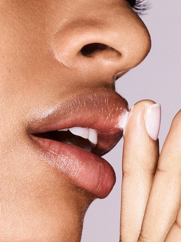 Bubblewrap Eye & Lip Plumping Cream by Glossier #3